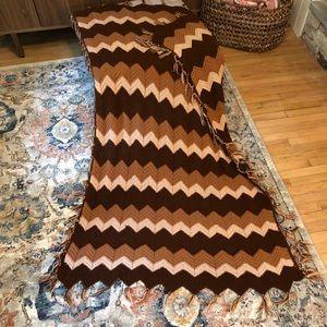 VINTAGE Crochet Granny Afghan Blanket tassels
